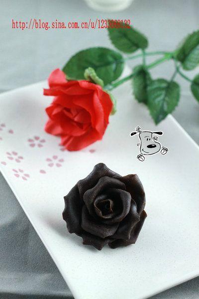 一朵永不凋谢的玫瑰花——巧克力玫瑰花
