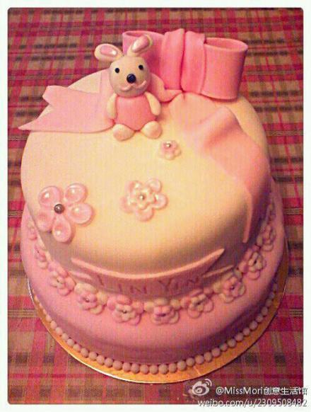 愤怒的小鸟翻糖蛋糕,兔子翻糖蛋糕