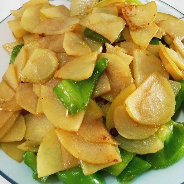 青椒土豆片_连玥菡的美食日记