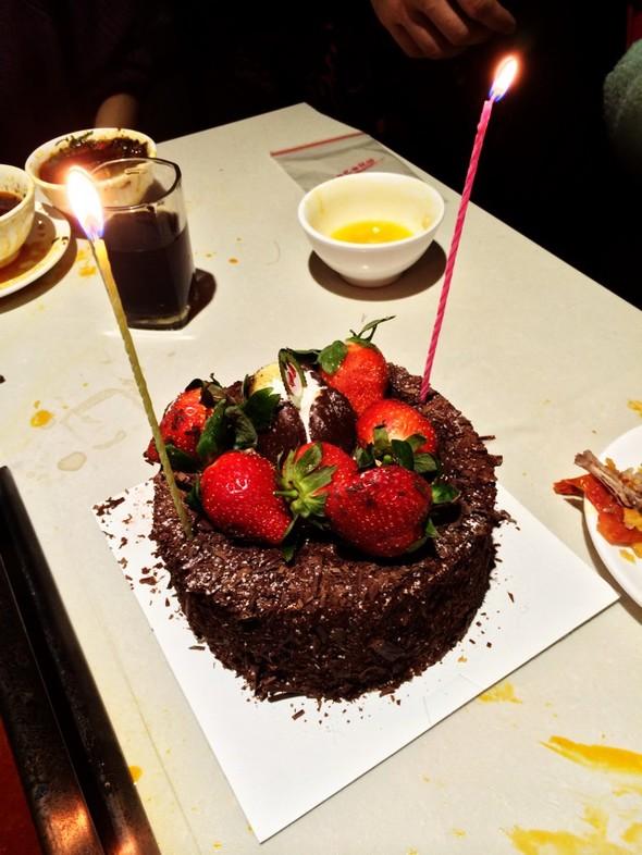 蛋糕 黑森林/黑森林蛋糕 草莓都掉掉了囧