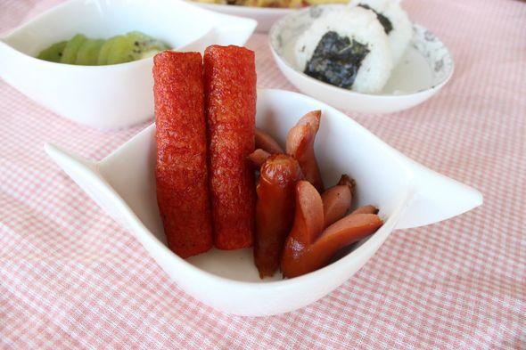 周末早餐,海苔饭团,蟹棒脆皮肠_葱裂小姐的美食日记