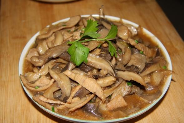 v猪肚生吃抗疲劳多吃猪肚什么疏菜炒蘑菇最好吃图片