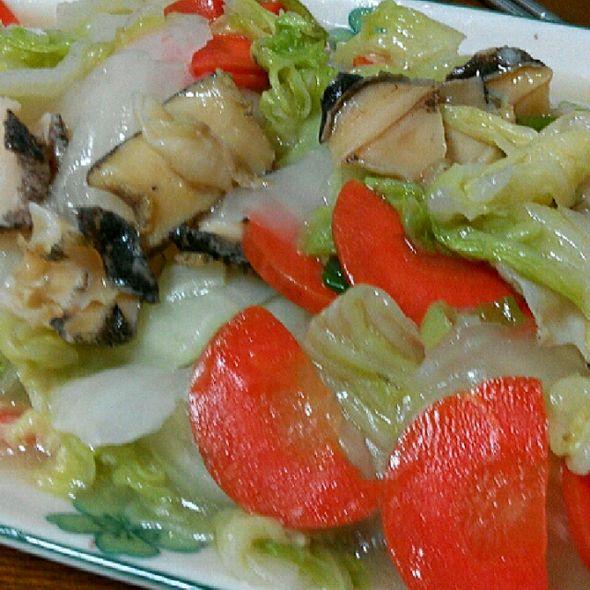 白菜炒海螺片