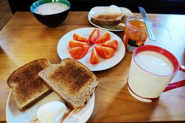 早饭当午饭吃了