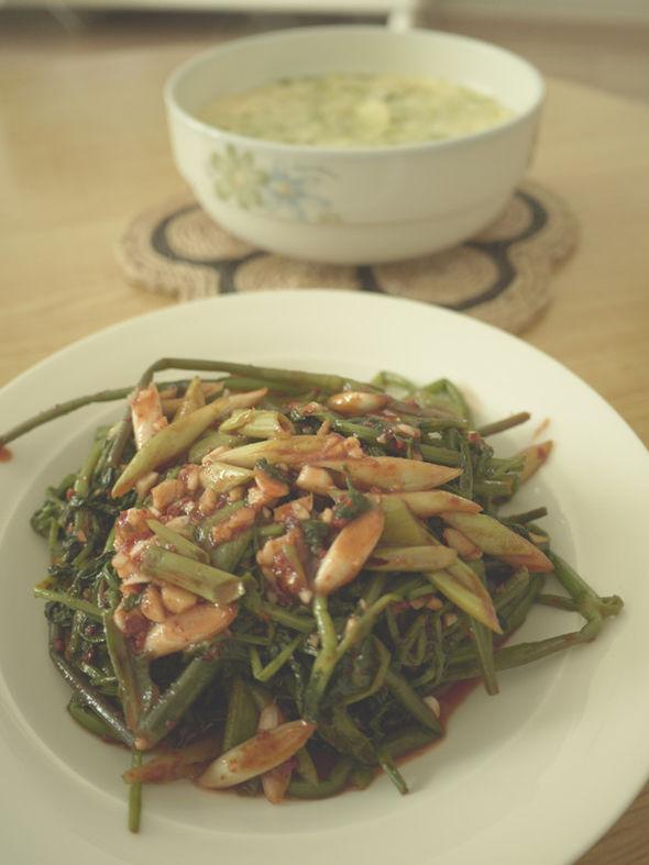 炒豆角 凉拌水芹菜