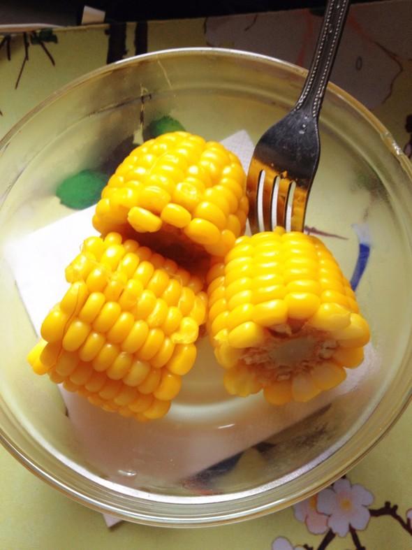 煮玉米棒子_jin宝儿的美食日记