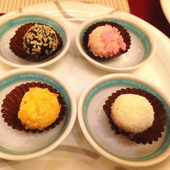 花式巧克力球_遥望美好的美食日记