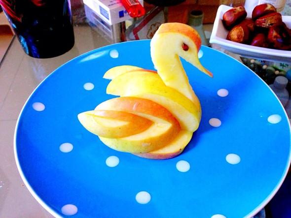 苹果天鹅_雷老虎半夜开冰箱的美食日记