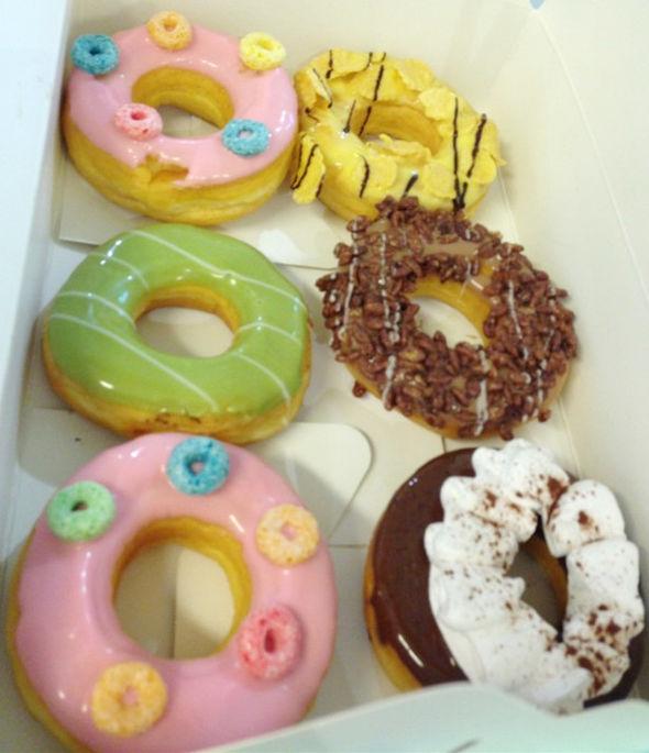 太空泥猫咪甜甜圈步骤图片